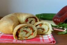 Ciambella con zucchine, peperoni e rucola