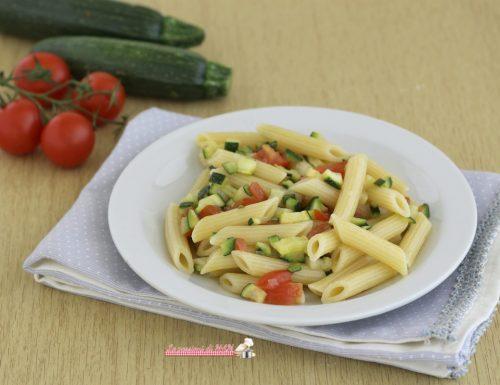 Pasta fredda con la zucchina