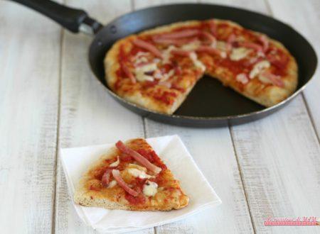 Pizza in padella scamorza e speck