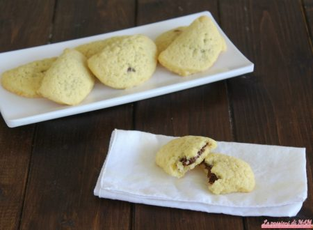 Mezzelune di pasta frolla alla nutella