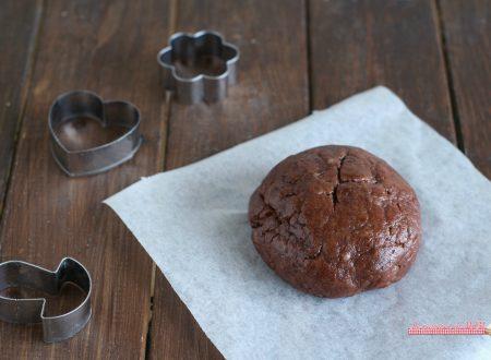 Pasta frolla al cacao senza uova e senza burro