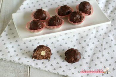 Cioccolatini wafer e nutella con nocciole