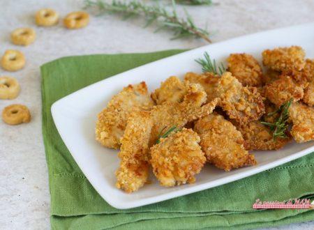 Bocconcini di pollo con panatura di tarallini