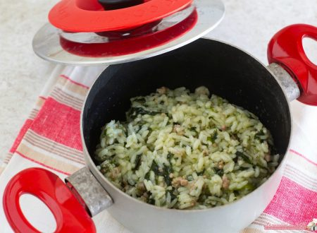 Risotto spinaci e salsiccia con Magic Cooker