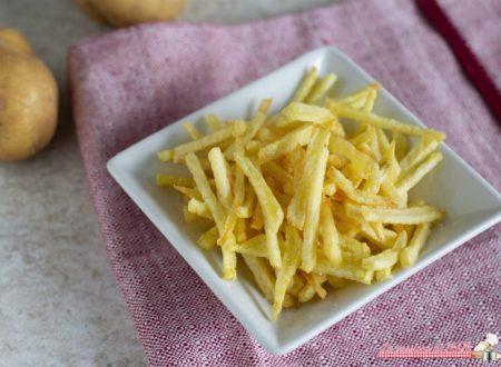 Patatine stick fatte in casa