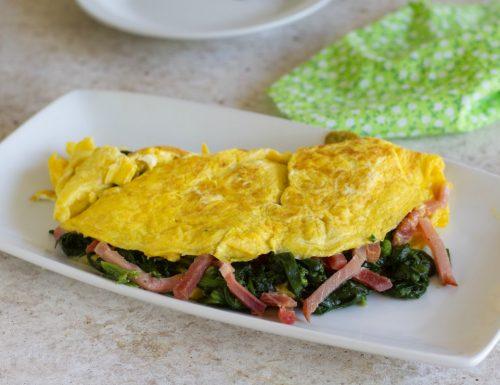 Omelette con spinaci e speck