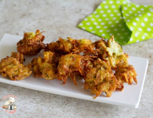 Frittelle con patate zucchina e pancetta