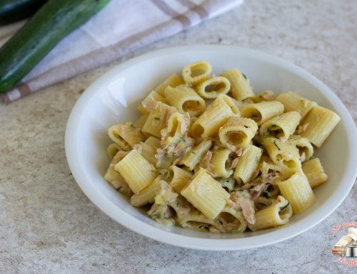 Pasta zucchina e tonno