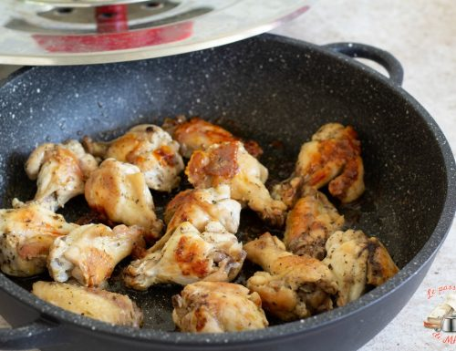 Ali di pollo con magic cooker