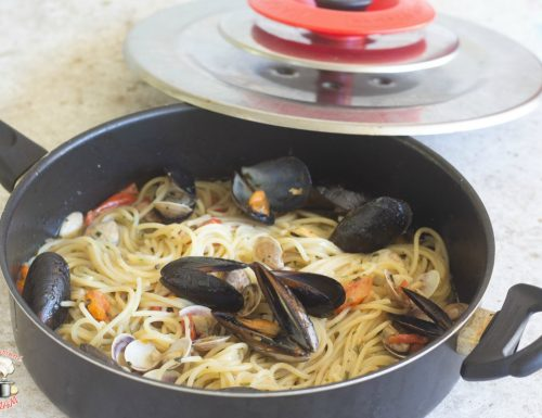 Spaghetti al misto mare con Magic Cooker