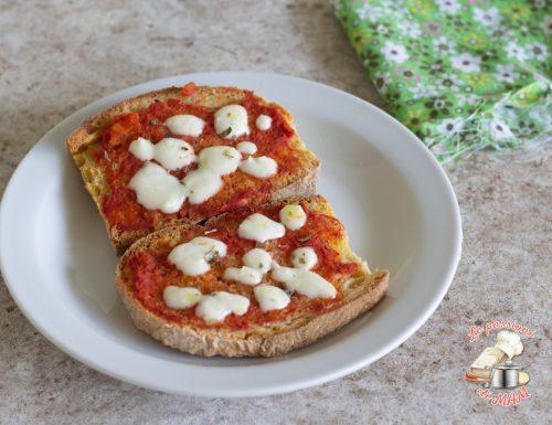 Bruschette alla pizza