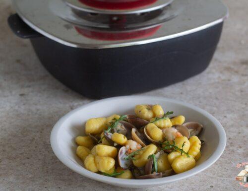 Gnocchi vongole e gamberi con magic cooker