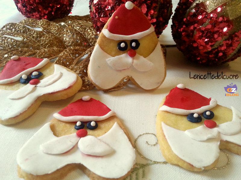 Biscotti Di Natale Ricette Giallo Zafferano.Biscotti Babbo Natale Ricetta Semplice Le Ricette Del Cuore