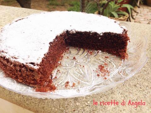 Torta soffice al cacao e panna