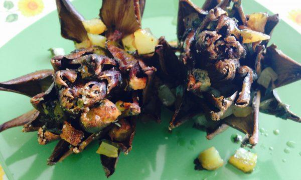 Fiori di carciofi con pioggia di patate