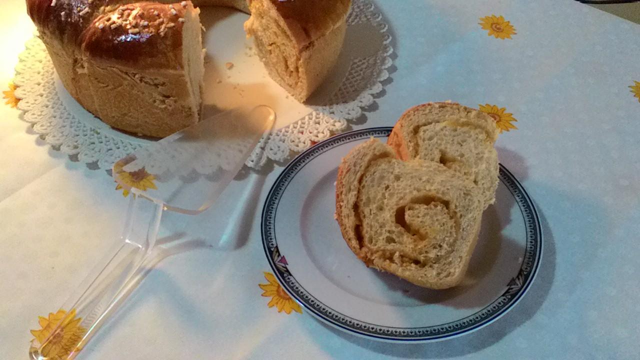 Rotolo di marmellata con lievito madre