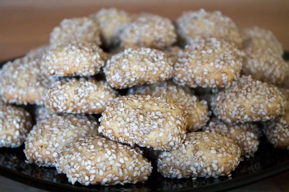Biscotti al sesamo ( Biscotti regina )