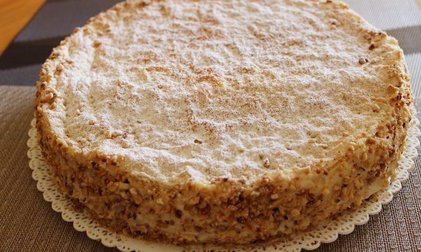 Torta diplomatica con crema alla vaniglia