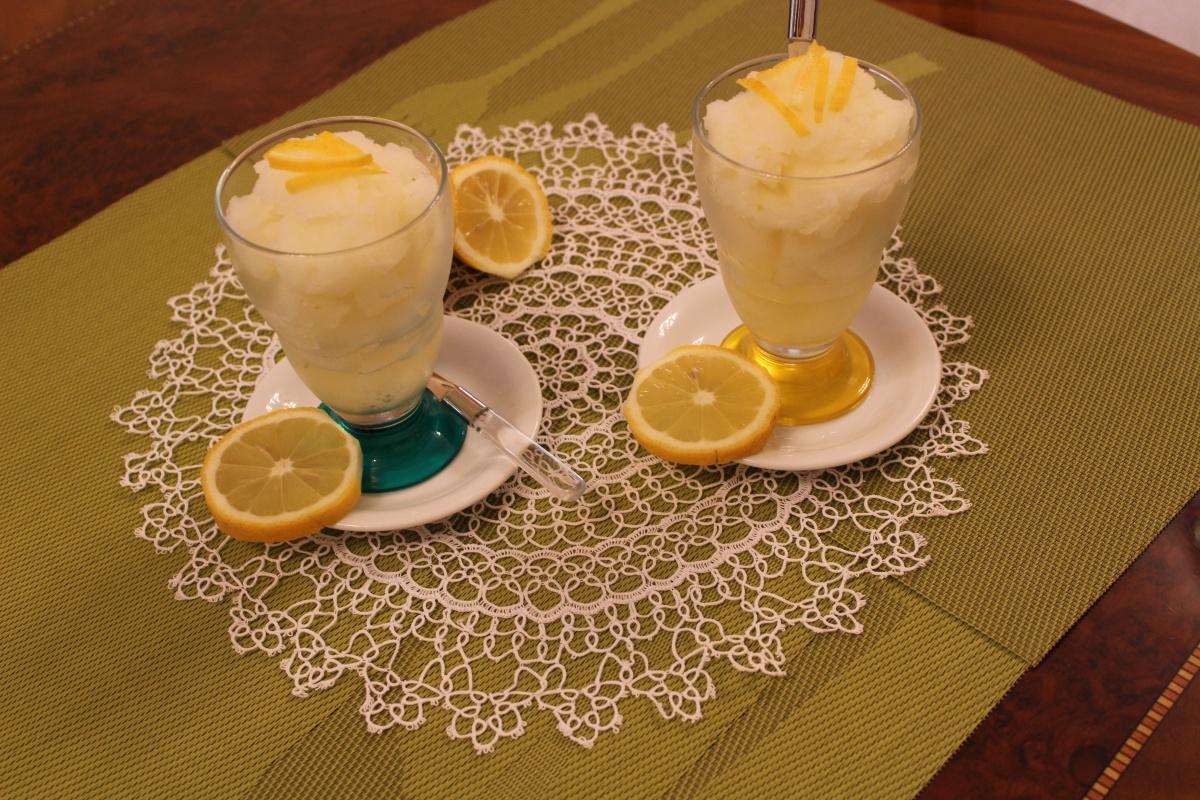 sorbetto cremoso al limone senza gelatiera