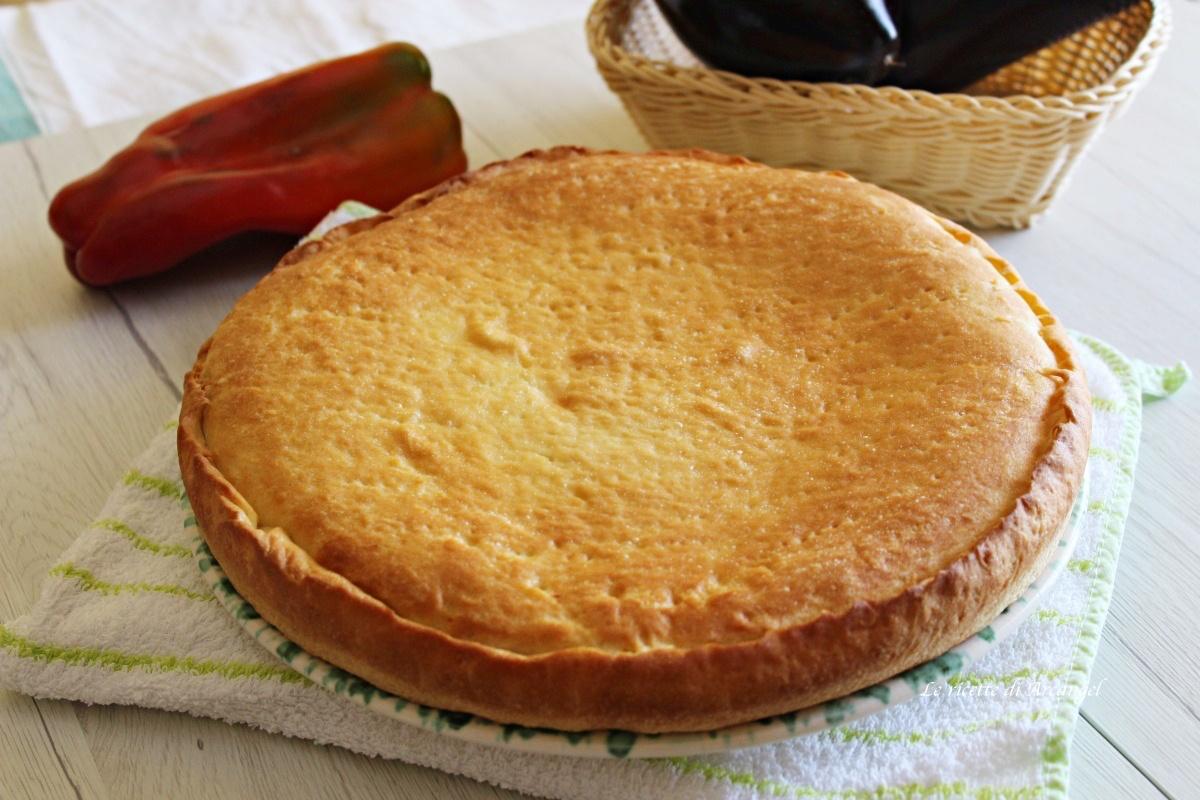 torta rustica con melanzane e peperoni