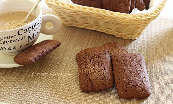 Biscotti da inzuppo al cacao