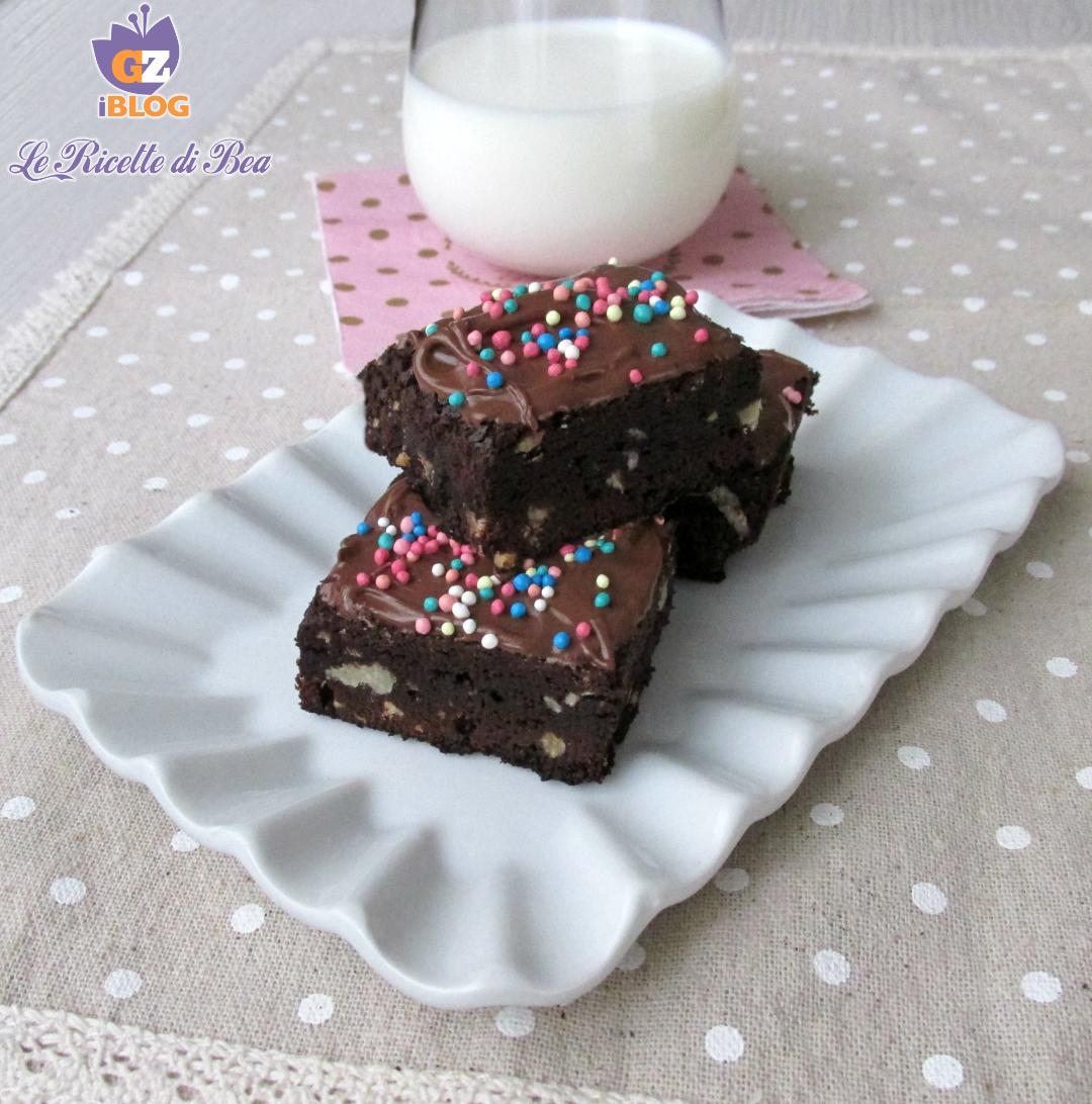 Brownies con noci e nocciole