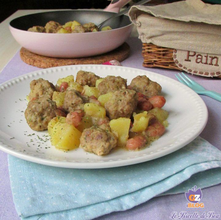 Polpette con patate e fagioli in padella
