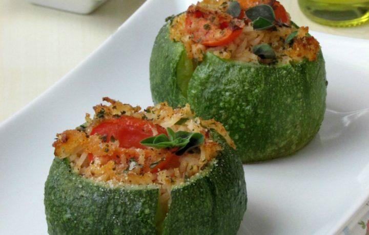 Zucchine tonde ripiene con riso, piccadilly e tonno