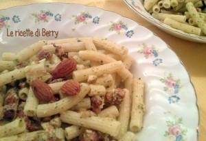 Pasta Fredda Con Crema di Zucchine e Mandorle (2)