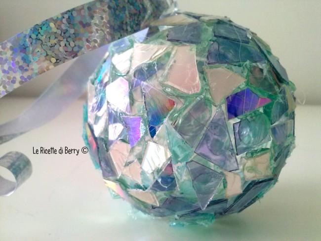 Tutorial palline di natale fai da te con cd riciclati for Palline natale fai da te