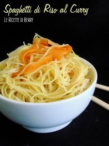 Spaghetti di riso al curry