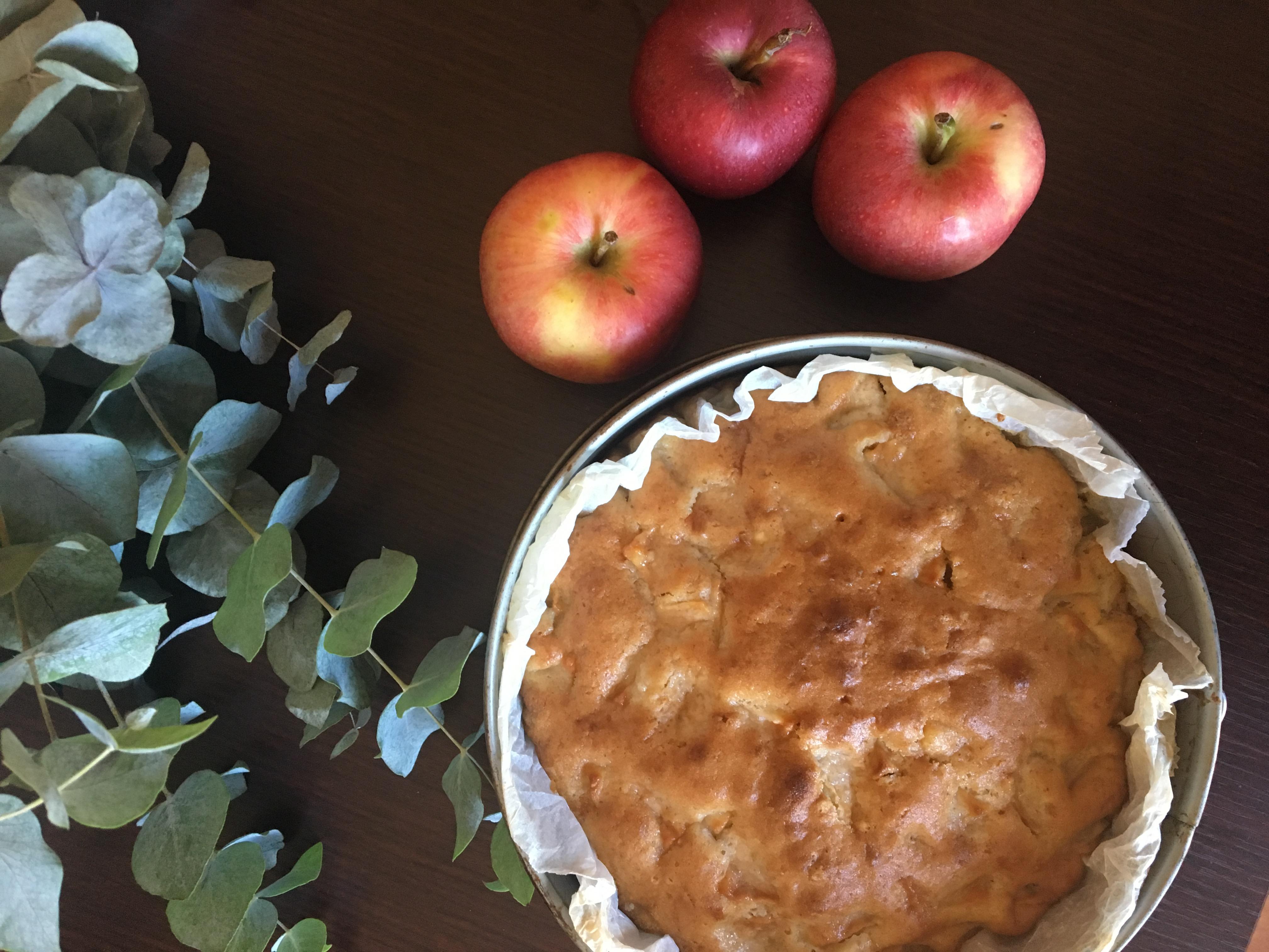 Torta di mele senza burro, late e uova