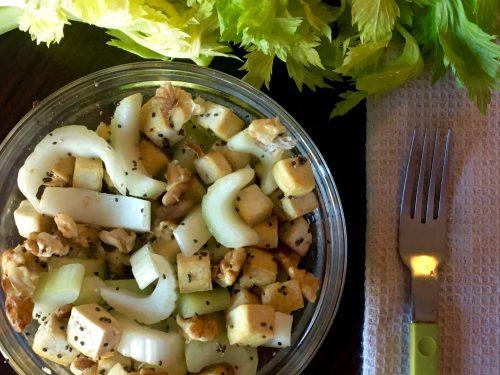 Insalata di Sedano Noci e Tofu