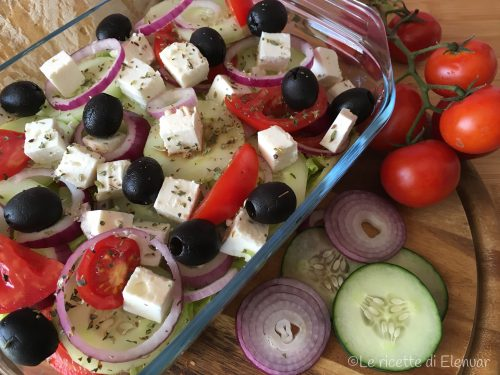 INSALATA GRECA CON FETA – Ricetta tipica greca