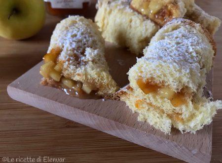 ROTOLINI DI PANDORO CON MELE SPADELLATE – Ricetta dolce