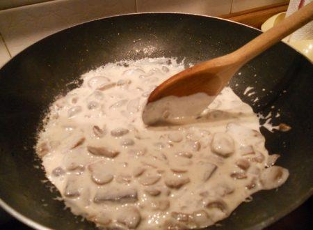 Funghi trifolati alla panna (contorno jolly)