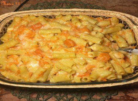 Pasta zucca patate e fontina