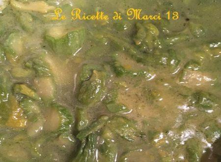 Zuppa di fiori di zucca e zucchine