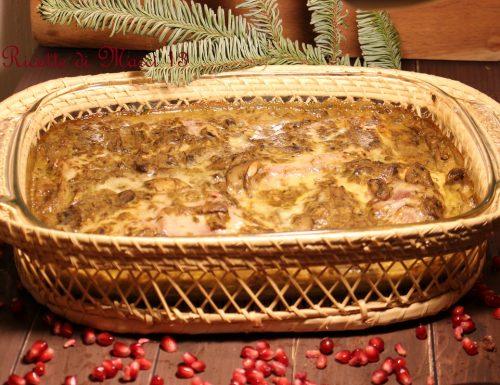 Petti di pollo gratinati, funghi, fontina e curry
