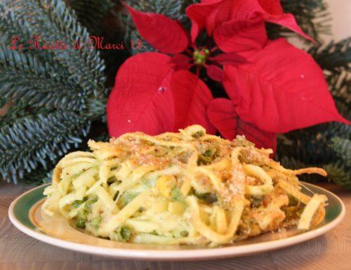 Crostata di tagliolini con fontina e piselli. Ricetta di famiglia