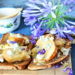 Open Sandwich Blue cheese and pear, per il Club del 27
