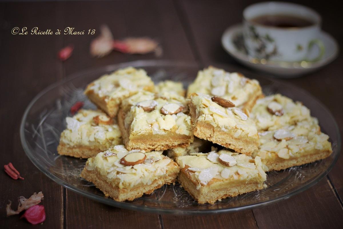 Elegant almond bars