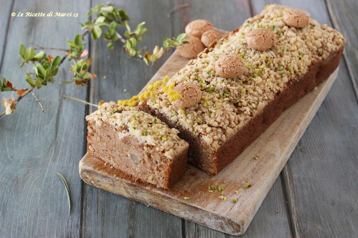 Crumble cake di pere e amaretti