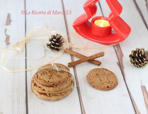 Biscotti di Natale semplici alla cannella