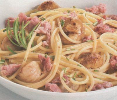 Maccheroni alla salsiccia e castagne
