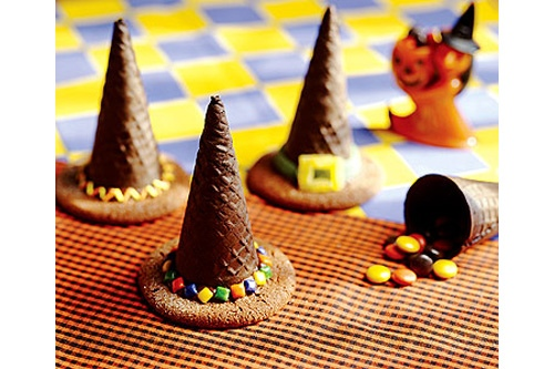 Ricetta Halloween cappelli della strega - Le ricette di Maria Grazia f390c3e2f5b3