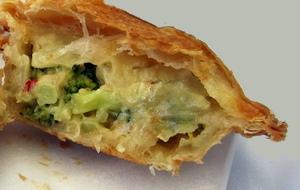 Torta di pasta sfoglia con broccoli e baccalà2