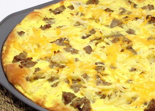 Pizza con cipolla e tonno