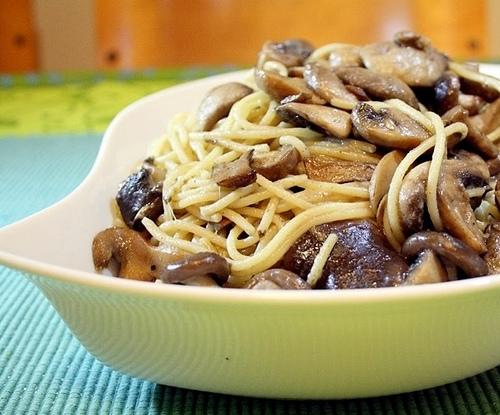Spaghetti alla carbonara di funghi