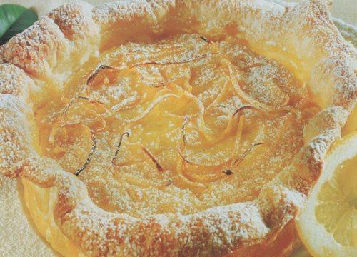 Torta di pasta sfoglia al limone